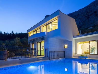 Photo for New villa with three bedrooms, private pool and ground aquarium ****