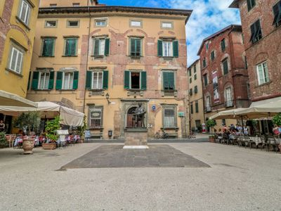 Photo for Apartment Palazzo Cittadella  in Lucca, Lucca, Pisa and surroundings - 5 persons, 3 bedrooms