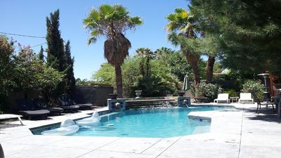 Photo for Sports Teams, Business Groups, Family Reunions, 8-24 people, Pool/Jacuzzi, RVs