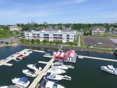 Water Front Condo over the Marina / Cruise Ships!