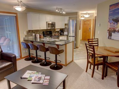 Prime Ski-in Ski-out Location! Pool, Hot tubs, BBQ, sleeps 8 (227)