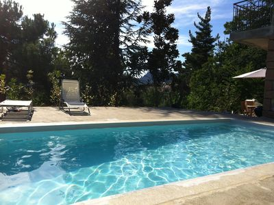 Photo for Garden with pool, very quiet wilderness near Porto