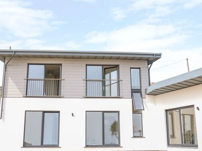 Photo for BEACH HOUSE, pet friendly in Courtown, County Wexford, Ref 1008397