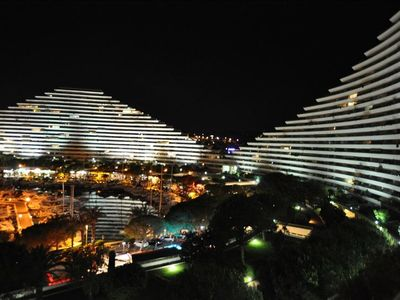 Photo for Great Value Luxury Apartment in Beautiful Marina All Amenities