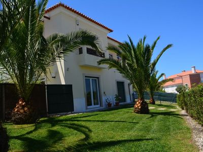 Photo for Luxury 5 Bed Villa, Large 10m Pool, Lagoon Views, Free WIFI