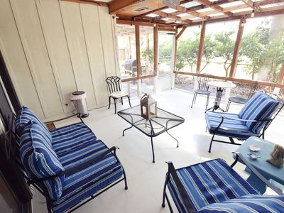 Photo for New Listing! Walk to Beach and Village! Fido-friendly 1-Level cottage!