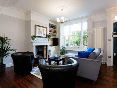 Photo for Gorgeous 2 bed Clapham home with lovely interior. 20 mins to Waterloo (Veeve)