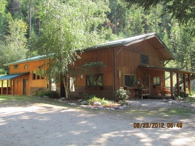 Butler Creek Lodge. Your private hide a way in the mountains among the pines.
