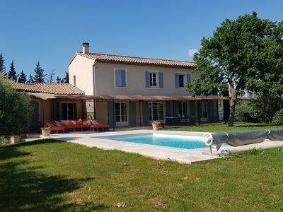 Photo for Mas de Giraudy, large villa with pool in the heart of Provence