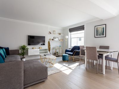 Photo for Dawson Place IV - Two Bedroom Apartment, Sleeps 3