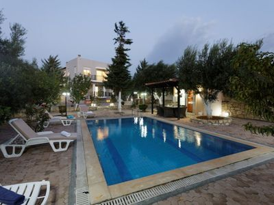 Photo for 5BR Apartment Vacation Rental in Gázi, Crete