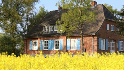 Photo for Idyllic country house, quiet location, family friendly, east lake.