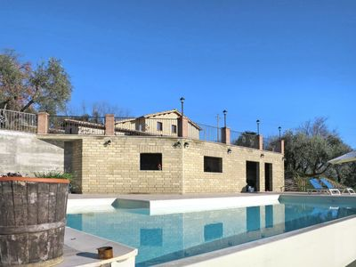 Photo for 4 bedroom Villa, sleeps 10 in Vescovile with Pool, Air Con and WiFi