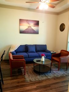 Photo for Tastefully furnished 1 bedroom apartment in midtown Atlanta