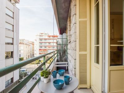 Photo for Apartment L'Empire in Nice - 2 persons, 1 bedrooms
