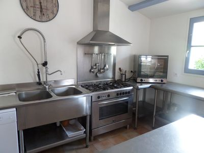Photo for 70m2 loft for 5 people with heated pool, village center