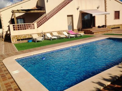 Photo for Spanish Villa in 800m3 private grounds with pool