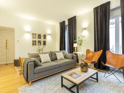 Photo for In Malasaña, modern 4-room apartment. Spacious and renovated. Wifi