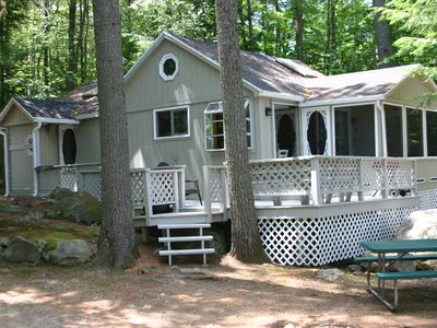 Photo for Charming cabin on Lake Winnisquam