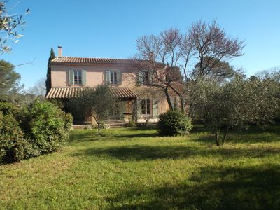 Photo for Beautiful and typical bastide of 200m2 on the heights of Nîmes