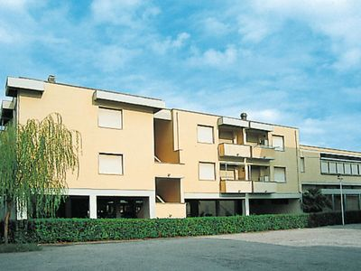 Photo for Apartment (VAD231) in Vada - 5 persons, 2 bedrooms