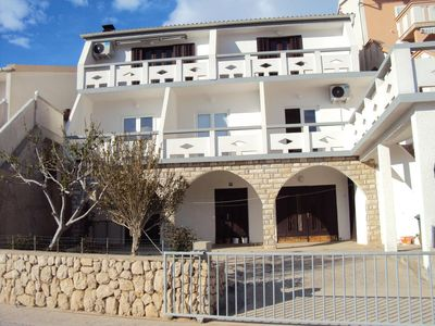 Photo for Studio appartment in Metajna (Pag) capacity 2+0