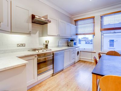 Photo for Fulham large 1 bed flat in charming building - One Bedroom Apartment, Sleeps 2