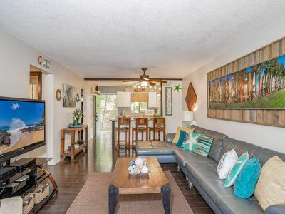Photo for 2B/2B across from BEACH, S. Kihei, close dining & shopping