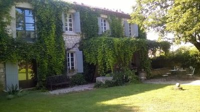 Photo for MAS ST MARTIN, SPLENDID PROVENCAL MAS at the gateway to LUBERON