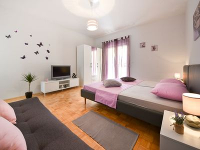 Photo for Apartment Zubčić in Zadar - 3 persons, 1 bedrooms