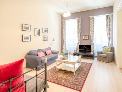 Photo for Luxury 2-bed, 2-bathroom Jewel apartment in central Budapest, excellent location