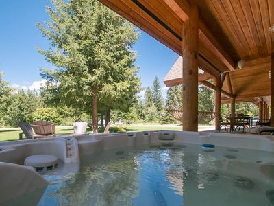 Photo for PRIVATE Acreage, Hot Tub, WiFi, Pool Table & More..at Serenity Pines Lodge