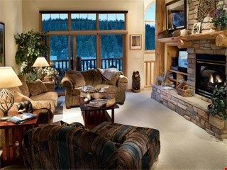 Photo for Gorgeous Townhome for 6 with Mountain Views and Fantastic Amenities