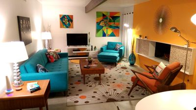 Photo for A Mid-Century Modern Alexander Home Oasis (100% New Furnishings & Decor).