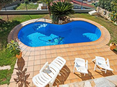Photo for 4 bedroom Villa, sleeps 8 in Calafell with Pool