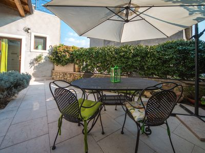 Photo for Independent apartment with small garden near Lake Garda