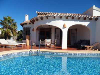 Photo for Beautiful villa for 4 people with private pool and terrace, very well equipped