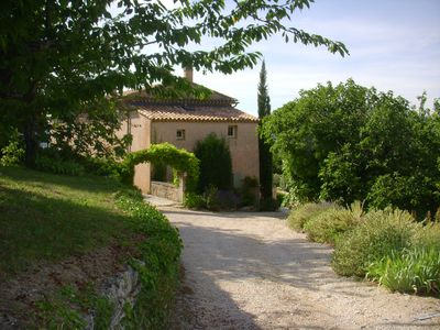 Welcome to Chez Manon in the heart of the Luberon