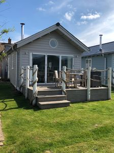 Photo for Luxury Beach House, 2 Bedrooms, 2 Bathrooms + (sofabed) Fibre Optic WiFi