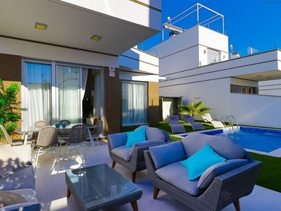 Photo for Beautiful detached villa with private pool in the heart of Ciudad Quesada