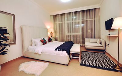 Photo for Beautiful 1BR 2mins to The Beach!