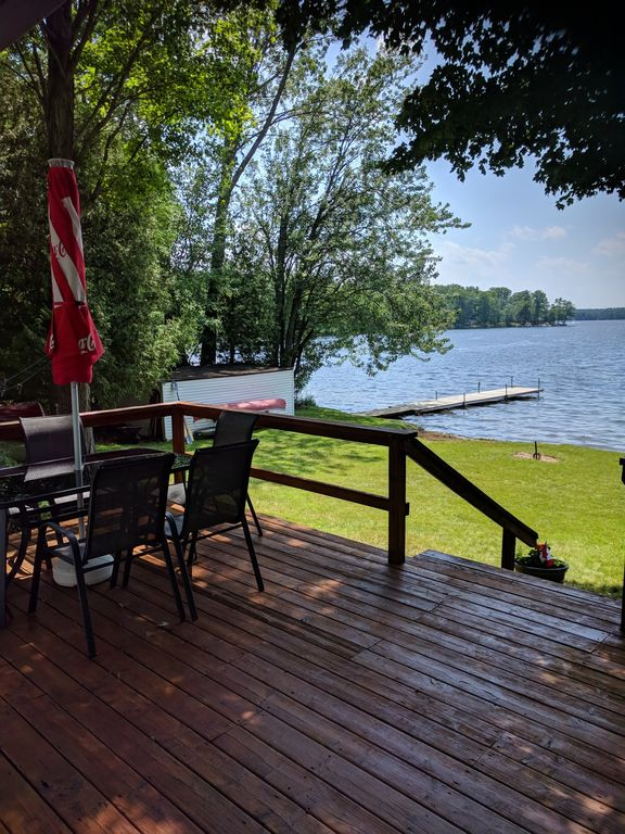 Now booking for 2019 Buckhorn Lake waterfront cottage