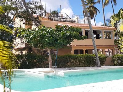 Photo for Private Beach.Gated. Spacious 3 master suites 4th bdrm,