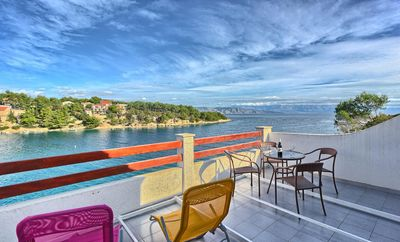 Photo for Two bedroom apartment near beach Basina, Hvar (A-5699-c)