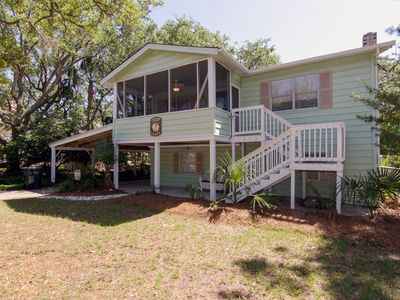 Photo for Anchor's Away - Pet Friendly Beach Cottage w/ Dual Living Areas