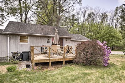 Escape to this tranquil Bolton Landing vacation rental cottage!