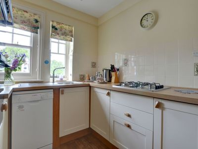 Photo for Vacation home Southview in Royal Tunbridge Wells - 4 persons, 2 bedrooms