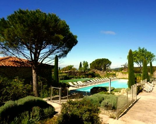 location vacances maison gordes rsidence piscine