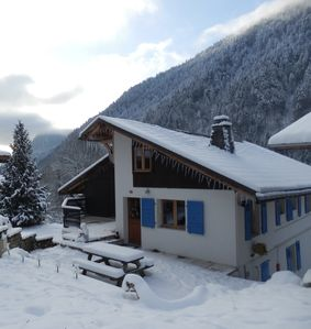 Photo for Large, luxurious ski chalet in Morzine–Avoriaz area for up to 10 people.
