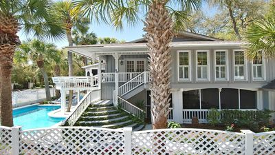 20 Jacana Booking Fall Getaways! Ocean Peek - N. Forest Beach Renovated Cottage - You Are Going To Love This Home! 2 Kitchens and 2 Living Areas Family FUN with Putting Green, Cornhole, Ping Pong and More!